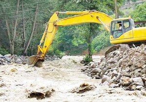 اجرای عملیات لایروبی وساماندهی رودخانه زرین گل