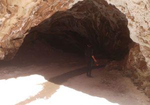 توقف تمام فعالیتهای اجرایی در نزدیکی غار نمکدان قشم