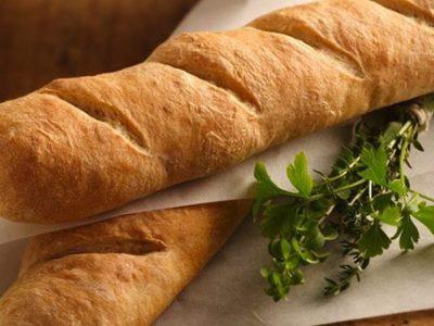 روزهای قرنطینه راباطرزتهیه نان باگت درخانه جذاب کنیم