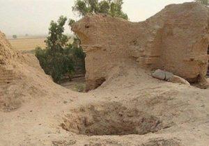 دستگیری باند حفاری غیرمجاز و کشف دستگاه فلزیاب