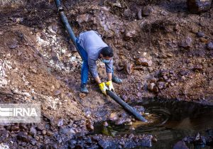 برای جمعآوری آلایندههای نفتی میانکوه اردل  تجهیزات بیشتری نیازمنداست