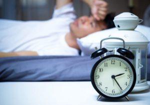 اگردرمقابل خوابیدن مقاومت میکنید؟ مطالعه کنید