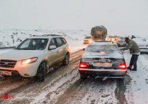 اخلال ترددعبورمروردرمحورهای خراسان شمالی توسط بارش برف وباران