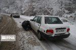 رهاسازی ۳۳۶ خودرو از برف سنگین محورهای سوادکوه و سوادکوهشمالی