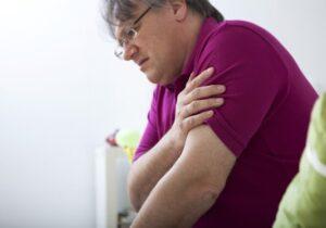 علت دردبازو پس ازتزریق واکسن چیست؟