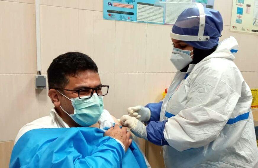 تزریق ۲۰۰ دز واکسن کرونا به کادر بهداشت و درمان سیستان و بلوچستان